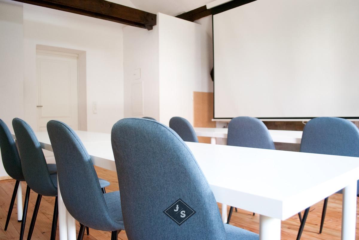 Seminarraum für 24 Personen